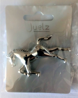 Silver tone large horse brooch (Code 3282)